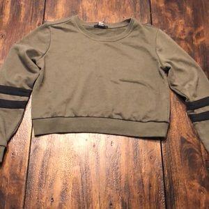 Forever 21 Cropped Olive Sweatshirt - Medium